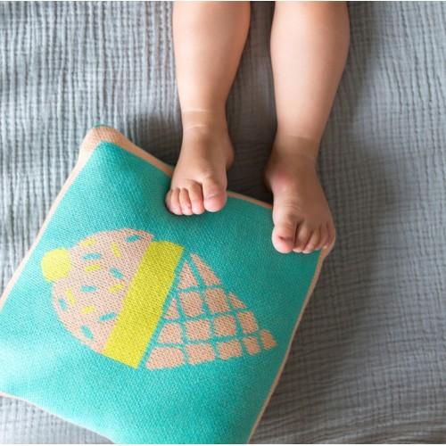 Coussin carré tricoté turquoise et beige glace Mimi'lou
