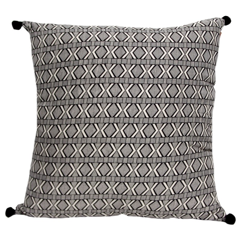 coussin carr noir et blanc motifs baobab coussins shop. Black Bedroom Furniture Sets. Home Design Ideas